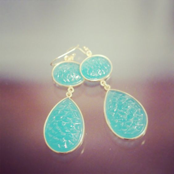 Chalcedony and sterling earrings. Breezy and elegant
