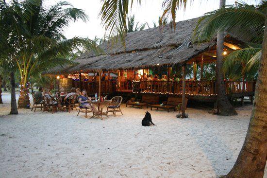 Palm Beach Bungalow Resort khi lên đèn