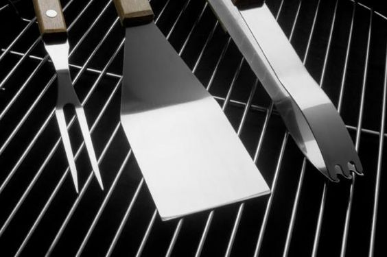 Grill Cleaning Tips [Slideshow]