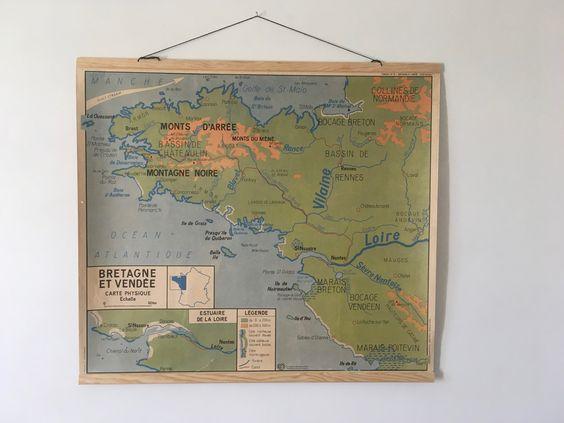 Carte murale ancienne d'école géographique Bretagne Vendée Pays de la Loire France French vintage School Wall Map