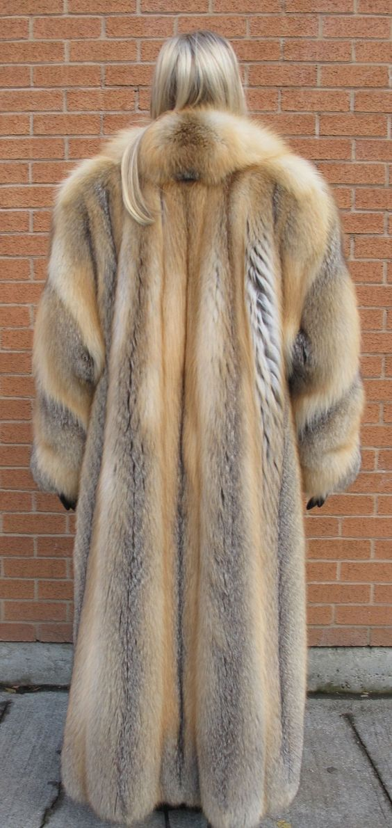 Long Red Fox Fur Coat | Fur Freakin Fablous | Pinterest ...