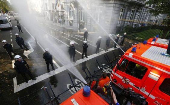 Polícia contra Bombeiros na Bélgica