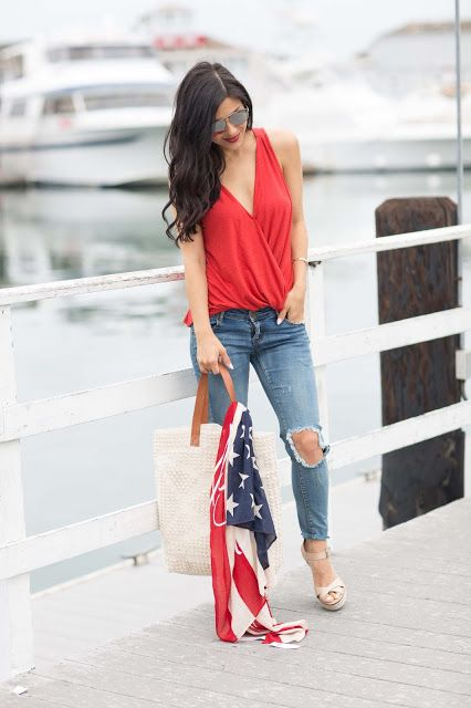 The HONEYBEE // Casual Fourth of July Style:
