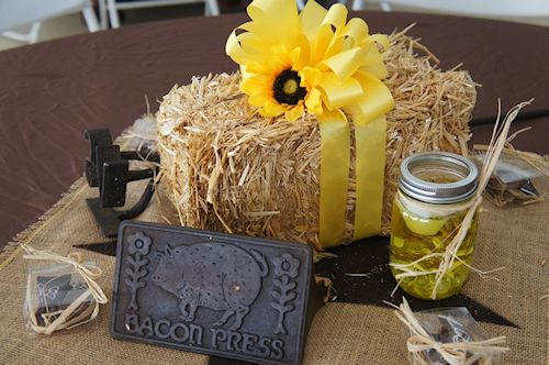 cowboy centerpiece bales | wester hay centerpiece pt Wild West Party Props & Decor Ideas, YeeHaw!