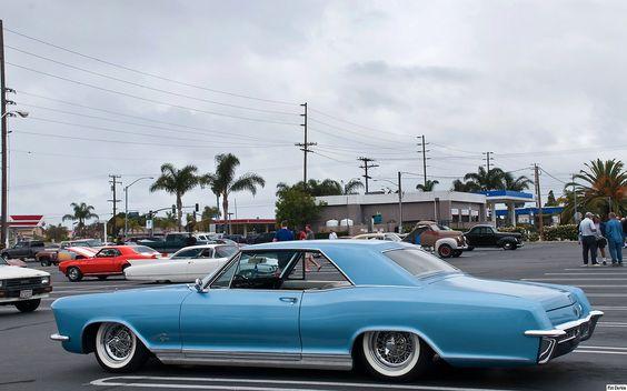 1965 Buick Riviera - mod - blue - rvl | Shot @ Donut Derelic… | Flickr