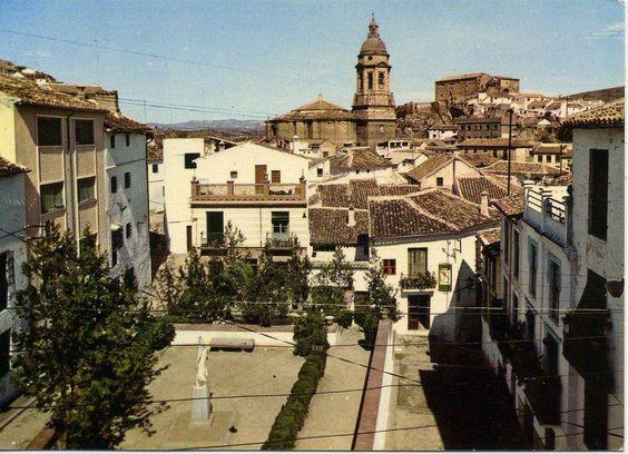 Plaza de la Virgen Blanca en los años 70