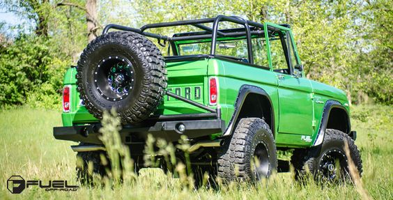 1967 Ford Bronco » BRAND: FUEL ONE PIECE WHEEL: D525 - Revolver TIRE SIZE: 35x12.50R15 WHEEL SIZE: 15x10