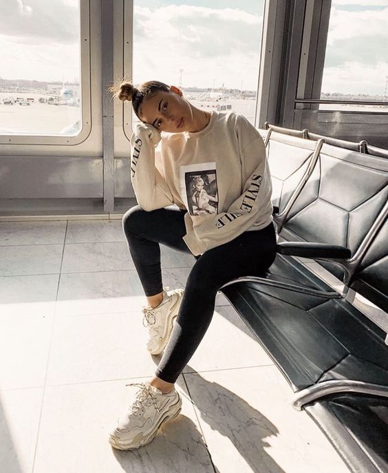Bella Montreal Insta Bella Montreal Pinterest Weheartit Bella4549 Fashion Overzised Swe Athleisure Outfits Winter Yoga Outfits Athletic Fashion