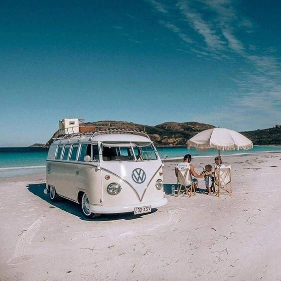 Vintage Vw Bus Beach Volkswagonclassiccars With Images