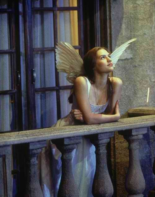 Claire Danes' angel costume in Romeo and Juliet