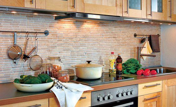 Fliesenspiegel aus Marmor - küchenspiegel mit fototapete
