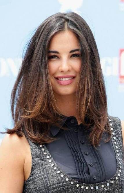 Hair Ideas For Round Faces Shoulder Length 56 Ideas Haircut For Thick Hair Medium Length Hair Styles Hair Styles