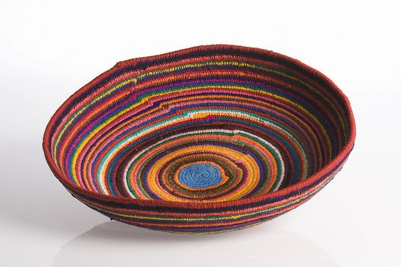 Basket: Phyliss Rogers, 2007 by Selling Yarns, via Flickr