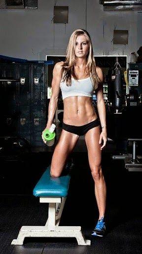 Retrouvez toutes les informations en matière d'entraînement, de nutrition ou de programme de musculation pour les femmes.
