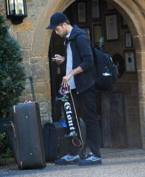Rob and a skateboard  *love*