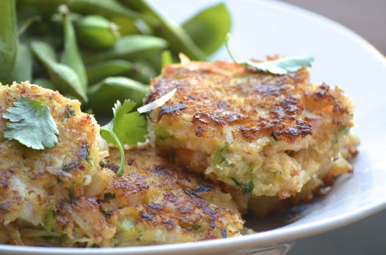 The Lazy Daisy Kitchen: cooking light, cooking right - thai shrimp cakes