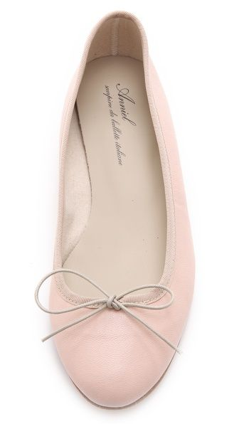 { Anniel Ballet Flats }. Trade in your tennis shoes for ballet flats for daily errands. You will look great and feel prettier, I promise!