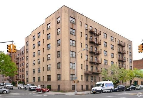Bronx Ny Apartments For Rent Realtor Com Cheap Apartments In New York City 1 Bedroom In Bronx Apartments For Rent Bronx Apartment Basement Apartment For Rent