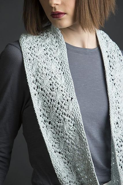 Ravelry: Estee pattern by Jennifer Wood