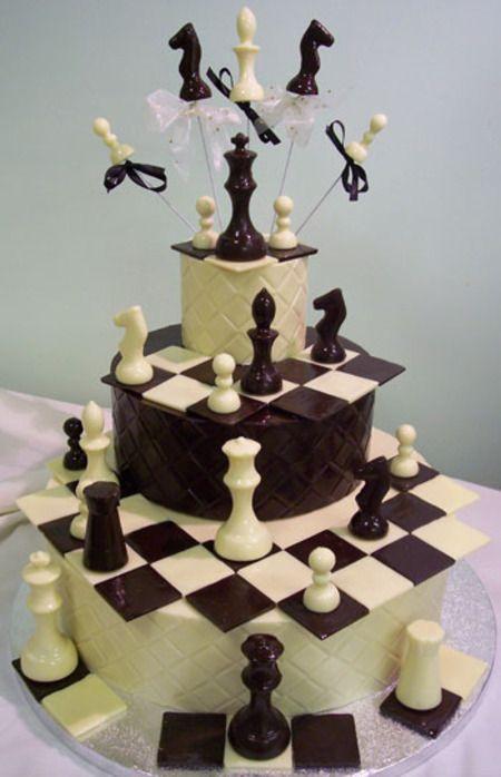 Pastel con piezas de ajedrez