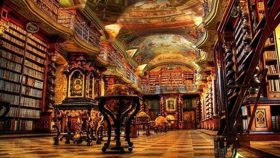 1. Clementinum de Prague (Bibliothèque Nationale)