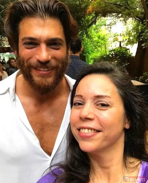 Can Yaman S Mother Left The Mouths Open Turkish Series Canning Sanem Actors