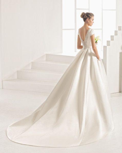 Vote pour ta robe classique préférée 👗 1