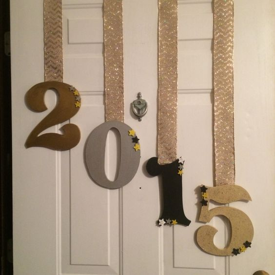 Door Decor | DIY New Years Eve Party Ideas | DIY New Years Eve Party Decorations:
