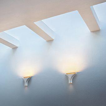 #flos #tau #rodolfodordoni #dordoni #lampada #parete #alluminio #design #madeinitaly #linehub #linehubstudio