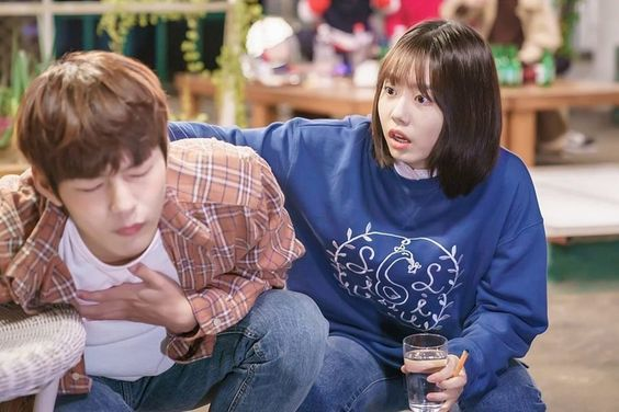 "Park Sun Ho Falls For Kim So Hye's Adorable Trap In ""The Best Chicken"""