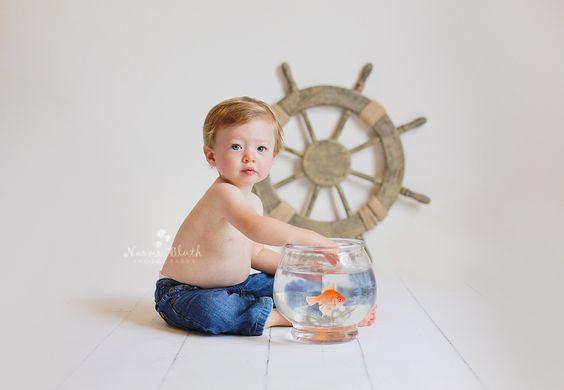 first birthday photo shoot fish bowl