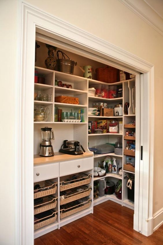 Incroyable This Pantry Has A Very Inspiring Amount Of Countertop Space | Counter  Space, Countertop And Pantry
