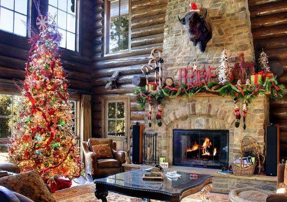 Weihnachtsdeko für das große Wohnzimmer - künstlicher Weihnachtsbaum