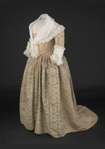 Martha Washington wore this silk taffeta gown in the early 1780s. The silk is painted with a design of flowers, butterflies, and other insects. The collar and cuffs are reproductions.