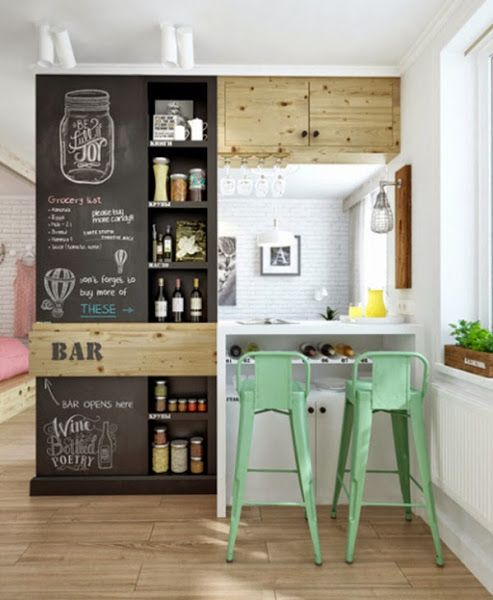 Small & Low Cost: Un apartamento pequeño en Rusia 2. Barra de bar bajada