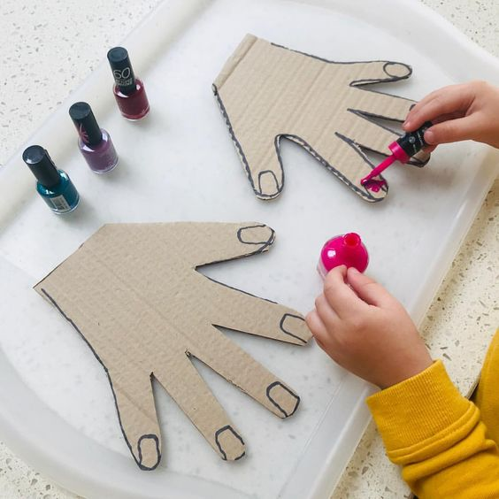 💜weekend play! 💜 With no agenda, I love at the weekend we have more time to play and more time to follow our ideas! 💅 After playing with our hairdressers set I remembered seeing this genius idea from @playingwithchanel and knew it would be perfect for Mason! 💅Using old nail varnishes we painted cardboard cut out hands! A lovely activity with lots of hand eye coordination practise using those little brushes! 💅 And make sure you have plenty of cardboard because they're going to want to ...