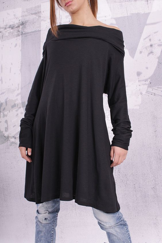 Plus size tunic/ loose tunic / maternity top / tunic dress / long sleeved top / black tunic - F002 by urbanmood on Etsy https://www.etsy.com/listing/176678685/plus-size-tunic-loose-tunic-maternity
