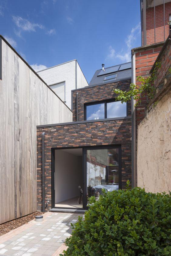Moderne rijwoning verbouwing architectuur sarah for Moderne rijwoning