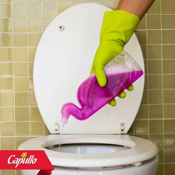 Para destapar inodoros: las abuelitas tienen un tip súper eficaz, echa aceite y jabón revuelto en un balde de agua, luego viértelo en el inodoro. #TipdelaAbuelita