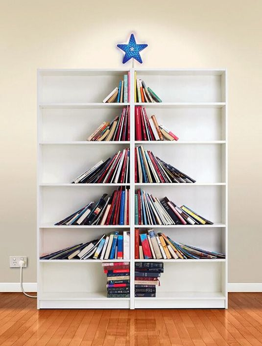 Book Christmas Tree: