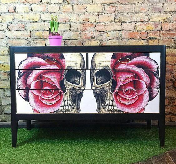 Skull dresser More: