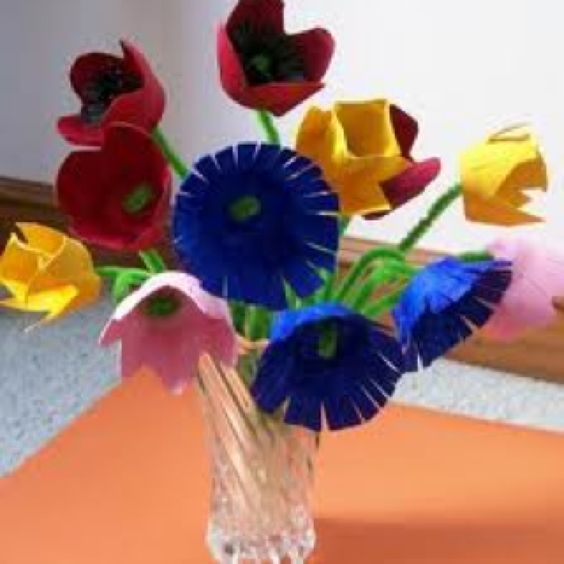 Egg carton flowers for mothers day project education Egg carton flowers ideas