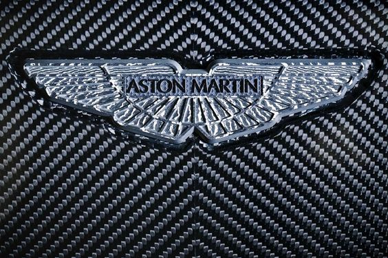 Bringing an end to our Q by Aston Martin week is this striking image of the Aston Martin wings #astonmartin #q #bespoke #luxury #cars #wings by astonmartinlagonda