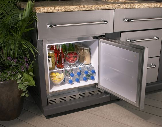 The Only Thing Your Grill Needs Is An Outdoor Refrigerator To Go With It Outdoors Pinterest