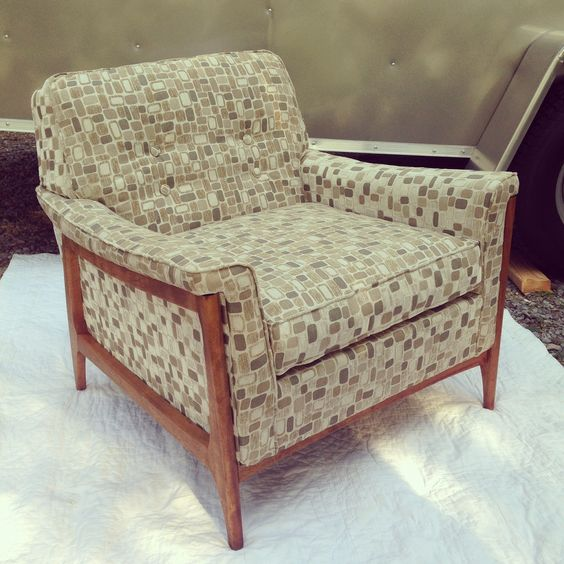 Beautiful Dux Style Chair Newly Upholstered Available Warehouse 41 At Nostalgia On Mccalla