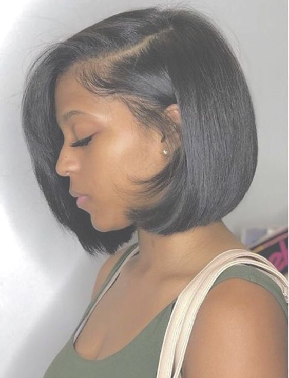 Short Bob Synthetic Lace Front Wigs for Women L Part Black