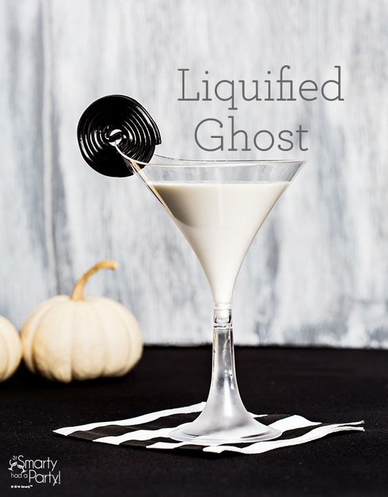 Halloween Inspired Cocktails: Liquified Ghost | SmartyHadAParty.com