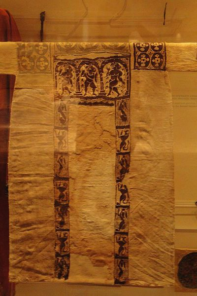 Tunic from Egypt, 7th century, Byzantine Museum of Thessaloniki.