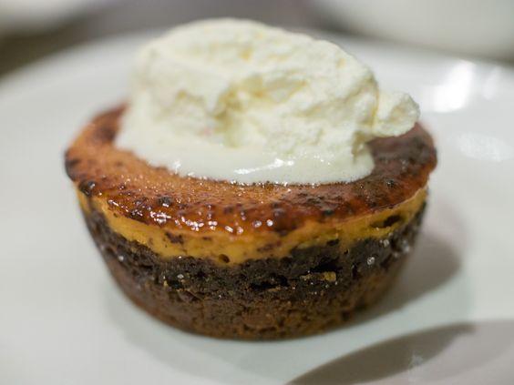 Mini Pumpkin Pie Brulee with Gingersnap Crumb Crust [Homemade] http://ift.tt/2hd7AnV #TimBeta