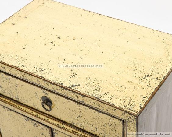 Amarillo suave envejecido muebles a medida muebles for Muebles a medida online